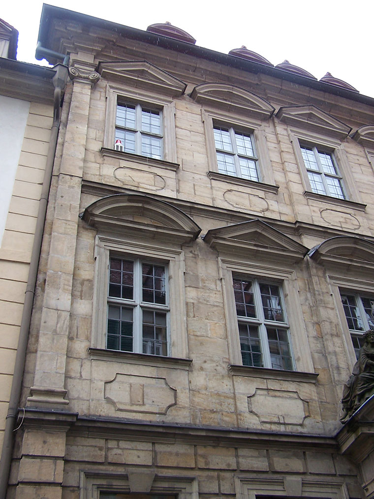 This image has an empty alt attribute; its file name is Brennhausen_Bamberg_Silver_068_760.jpg